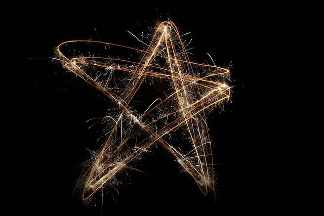 sparkler effect of a star feature