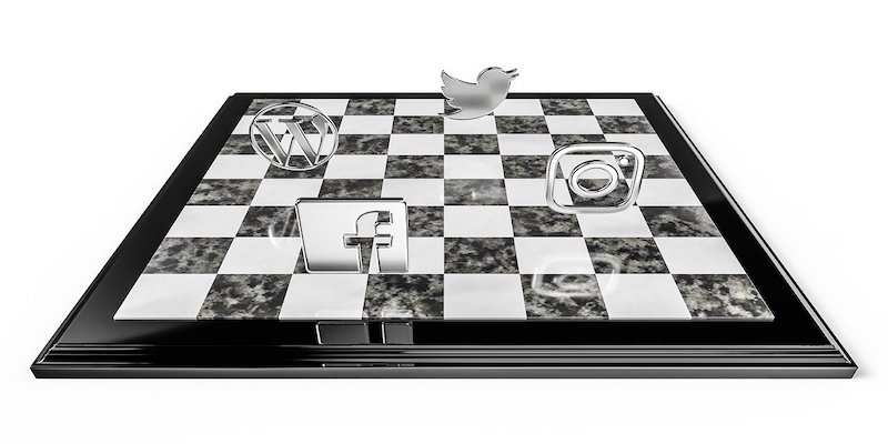 social media tools on chess board